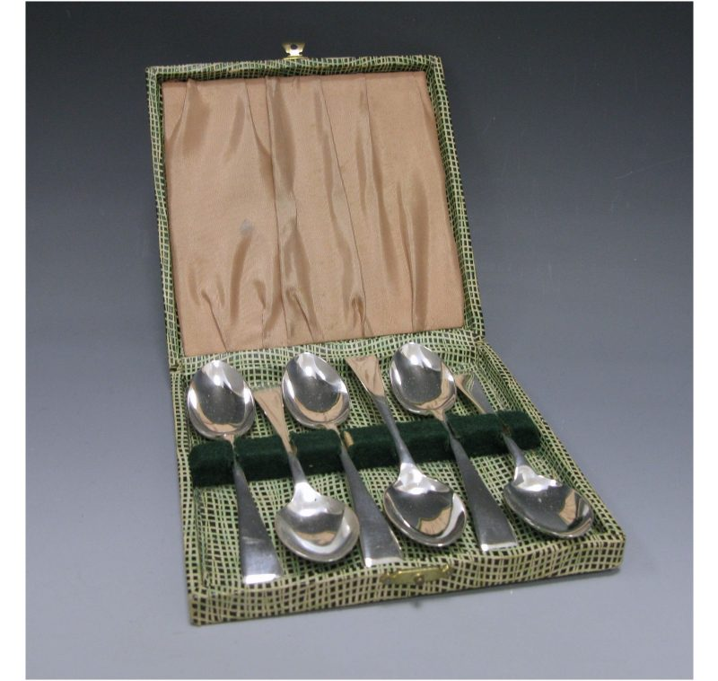 Antique Silver Cased Set of Teaspoons made in 1899