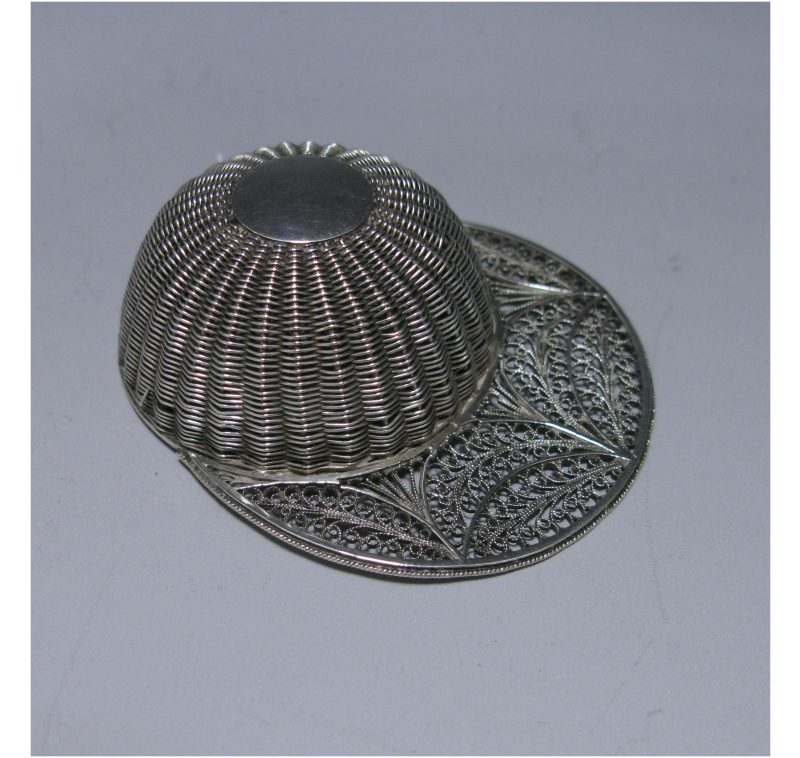 Antique Silver Filigree Jockey Cap Caddy Spoon made in c.1795-1800